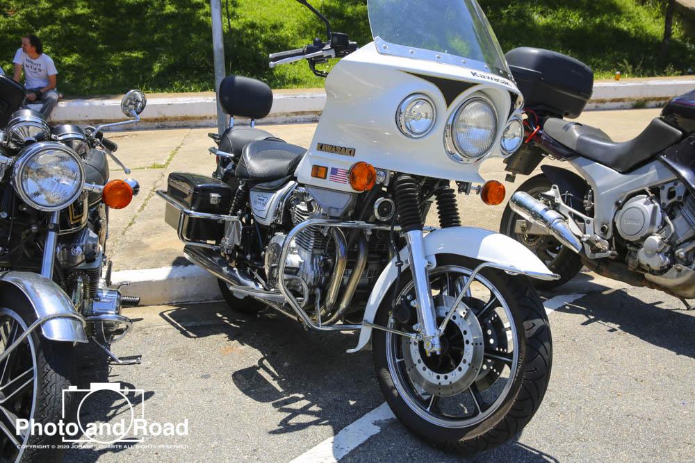 Kawasaki Z1000 policial